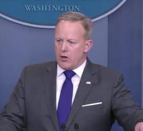 sean spicer steps down